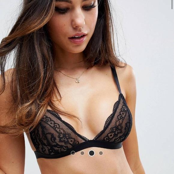 d90327c89280f8 NWT ASOS DESIGN triangle lace bra